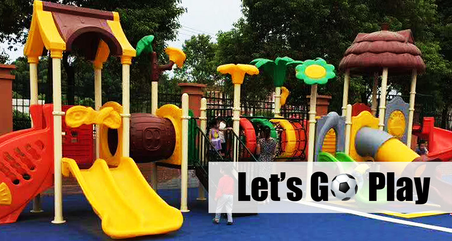 Plastic Backyard Playground with Metal Swing Sets
